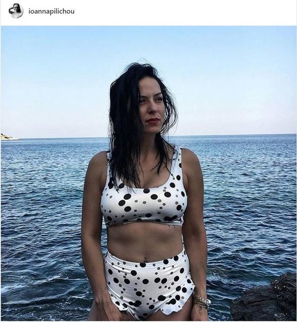 Ιωάννα Πηλιχού - Ποζάρει με φόντο τη θάλασσα!