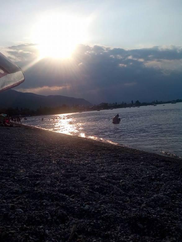 """Ο Ελαιώνας Αχαΐας είναι """"απάτη""""... Παραλία θα βρεις και μάλιστα εκπληκτική!"""