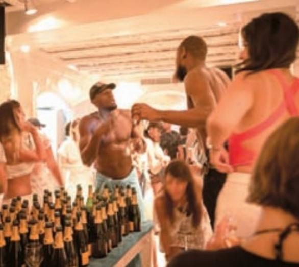 Το ξέφρενο πάρτι του Μπολτ στο Nammos στη Μύκονο (pics)