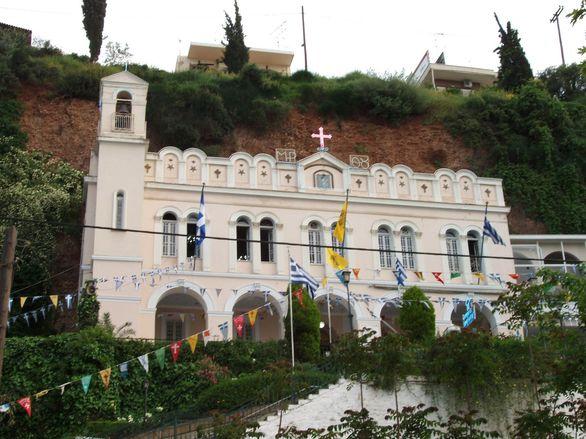 Αίγιο - Σπάνια αεροφωτογραφία της Παναγίας Τρυπητής πριν την κατασκευή του λιμανιού!