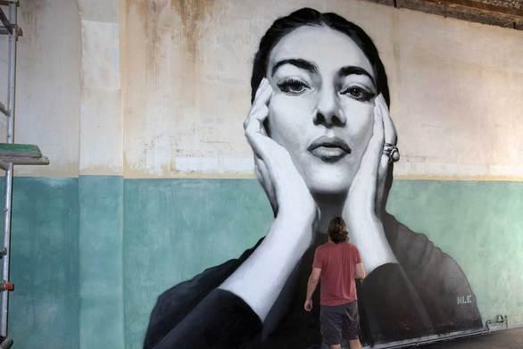 Γκράφιτι 5,5 μέτρων με θέμα την Μαρία Κάλλας στην πόλη της Πάτρας! (pics+video)