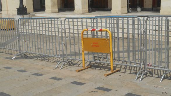 """""""Κλειστό λόγω εργασιών"""" το Δημοτικό Θέατρο Απόλλων στην Πάτρα! (δείτε φωτο)"""