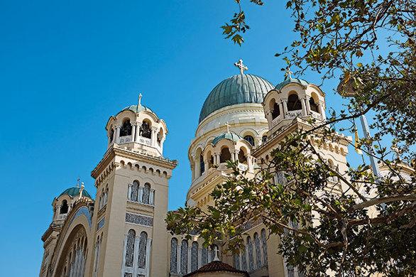 Ο εμβληματικός ναός του Αγίου Ανδρέα. (Φωτογραφία: ΝΙΚΟΣ ΚΟΚΚΑΣ)