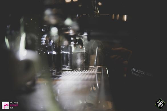 """Η γεύση του βιολογικού τσαγιού... σε οδηγεί στο """"The Juice Bar""""!"""