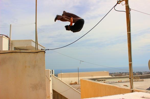 """Είναι 19χρονων, ζει στην Πάτρα και έχει μια ιστορία να διηγηθεί για το πως """"πηδάει"""" τα εμπόδια..."""