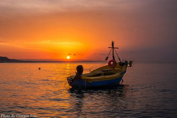 """Βραχνέικα Πάτρας - Εκεί που ο ήλιος """"φοράει"""" χειμώνα/καλοκαίρι, το στέμμα του (pic)"""