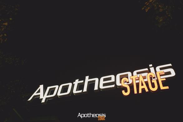 Αφήστε στην άκρη τους οδηγούς διασκέδασης... Καλώς ήρθατε στο Apotheosis stage!