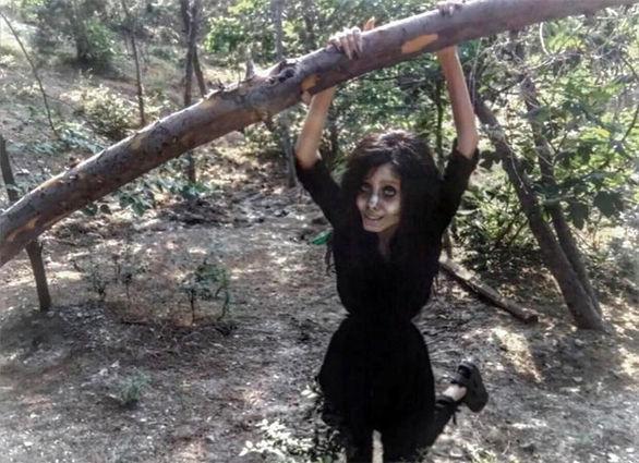 Έκανε 50 πλαστικές για να μοιάσει στην Αντζελίνα Τζολί