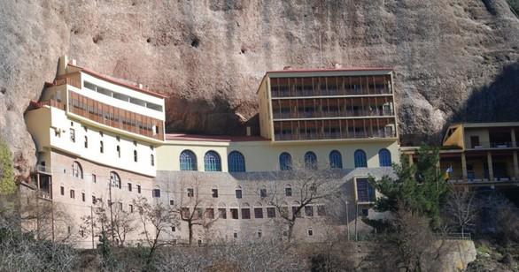 Μέγα Σπήλαιο - Ένα από τα ισχυρότερα θρησκευτικά σύμβολα της Αχαϊκής γης (pics)