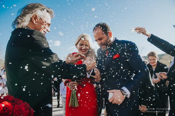"""Ένας παραμυθένιος """"κόκκινος""""... γάμος!"""
