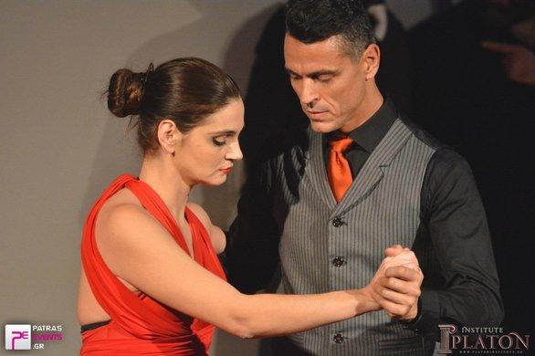 Εντυπωσίασε το Αίγιο η φιλανθρωπική παράσταση «Η ζωή μας ένα Τάνγκο»!