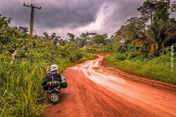 Ένα ταξίδι με βέσπα στην Αφρική (pics)