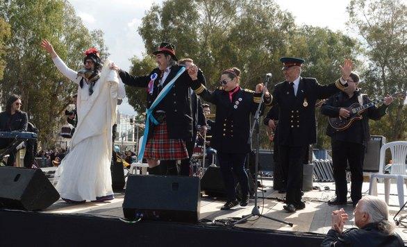 «Βούλιαξε» το Νότιο Πάρκο της Πάτρας στη συναυλία του Γιώργου Βελισσάρη (pics)