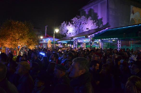 Πάτρα - Μια γεμάτη πλατεία αποθέωσε τον κορυφαίο τρομπετίστα, Μάρκο Μάρκοβιτς (φωτο+video)