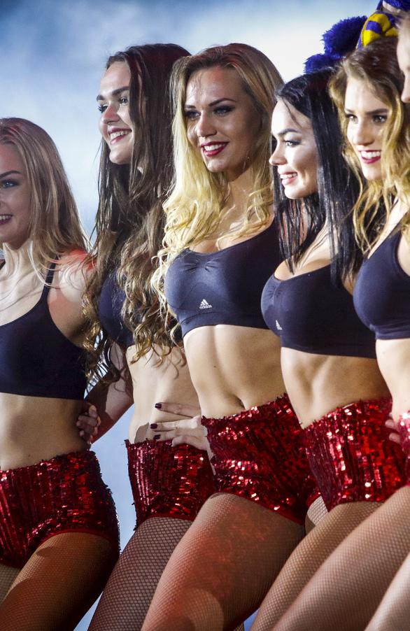 Οι μαζορέτες που μάγεψαν στο All Star Game της Πάτρας (φωτο+video)