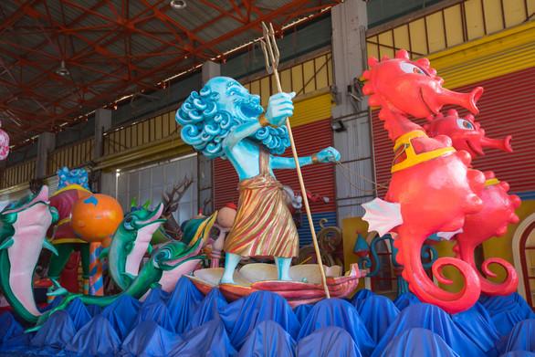Τα άρματα του Πατρινού Καρναβαλιού 2018 βγαίνουν στο προσκήνιο! (φωτο)