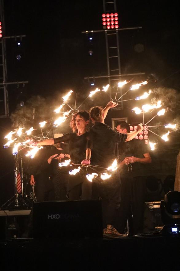 Αυλαία έριξε το Πατρινό Καρναβάλι 2018 σε μια εντυπωσιακή τελετή! (pics)