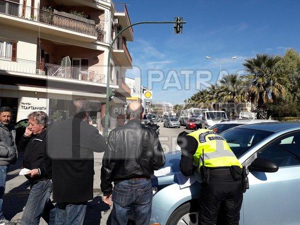 Πάτρα: Τροχαίο ατύχημα με σύγκρουση οχημάτων (pics)
