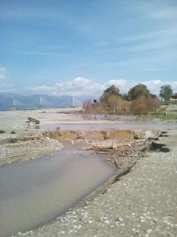 Πάτρα: Σημαντικές καταστροφές από την κακοκαιρία στις Δάφνες (pics)
