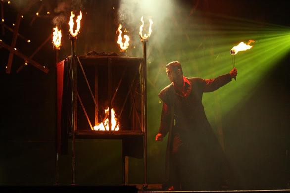 Ο JORGOS στο Γυάλινο Μουσικό Θέατρο
