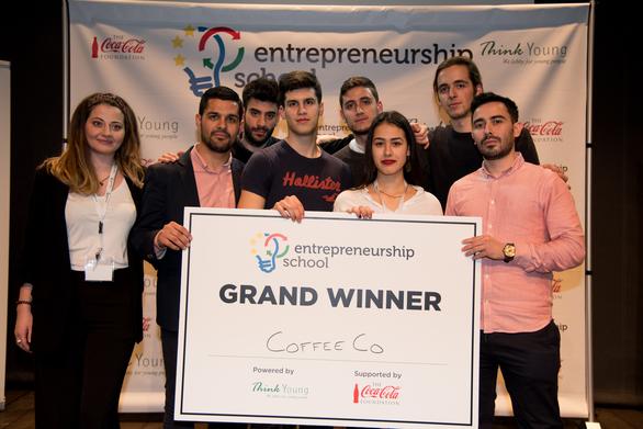 Πάτρα: Oι νέοι της πόλης στο πρώτο τους επιχειρηματικό βήμα! (pics)