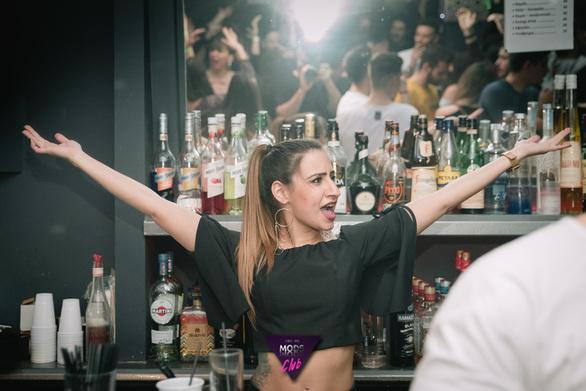 Το πιο χάι trash party στο Μods (pics)