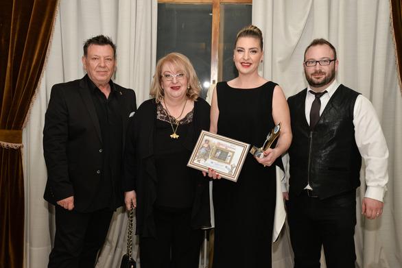 Απονεμήθηκε στην Αθηνά Τρανούλη το βραβείο προσφοράς Προσωπικότητας 2018! (φωτο)