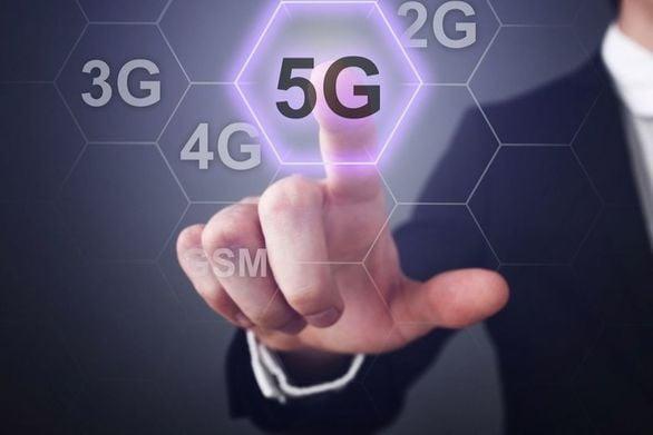 """Όλη η αλήθεια για την έλευση του 5G στην Πάτρα - """"Ανοικτός"""" ο δήμος, """"πέφτουν"""" υπογραφές"""