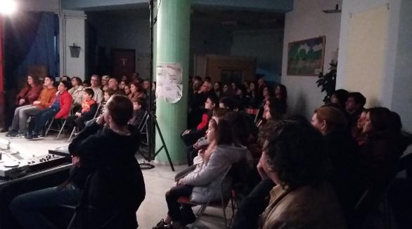 Στο 22ο Δημοτικό Σχολείο στη Λεύκα και με τον Πολιτιστικό Σύλλογο Εργατικών Κατοικιών