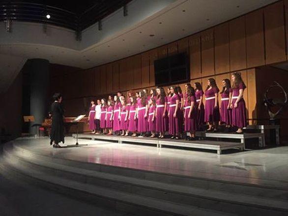 """""""Τραγουδάμε για τη Φλόγα"""" στο Συνεδριακό Κέντρο Τ.Ε.Ι. Πάτρας"""