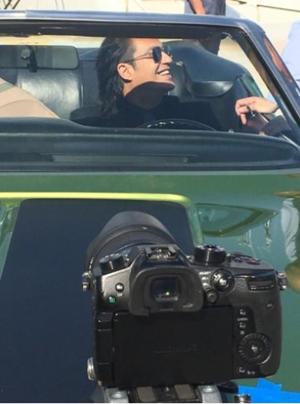 Διονύσης Σχοινάς: Φωτογραφίες από τα γυρίσματα του νέου του video clip!