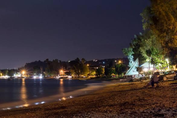 Μια νύχτα στα Βραχναίικα, δίπλα στη θάλασσα!