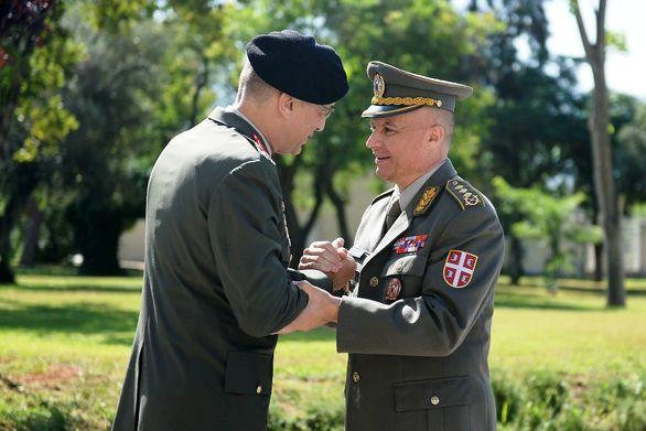 Επίσκεψη στο ΓΕΣ του Διοικητού Χερσαίων Δυνάμεων της Σερβίας (pics)