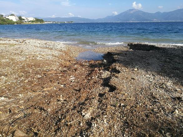 Πάτρα: Η επόμενη μέρα από την καταστροφή στην παραλία της Ροδινής (φωτο)