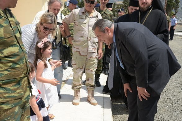 Ο Πάνος Καμμένος στα νέα διαμερίσματα για τα στελέχη των Ενόπλων Δυνάμεων (pics)