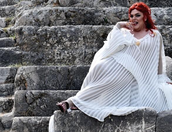 Εκκλησιάζουσες - Μία από τις εμβληματικότερες πολιτικές σάτιρες της παγκόσμιας λογοτεχνίας στην Πάτρα!