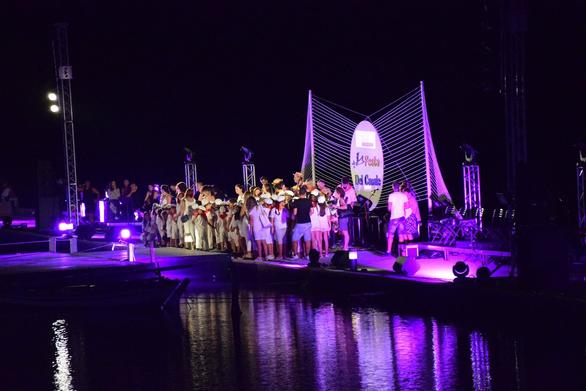 """Εντυπωσίασε το Χορευτικό Τμήμα του Δήμου Πάτρας στο """"Fasta Del Canale 2018""""! (pics)"""
