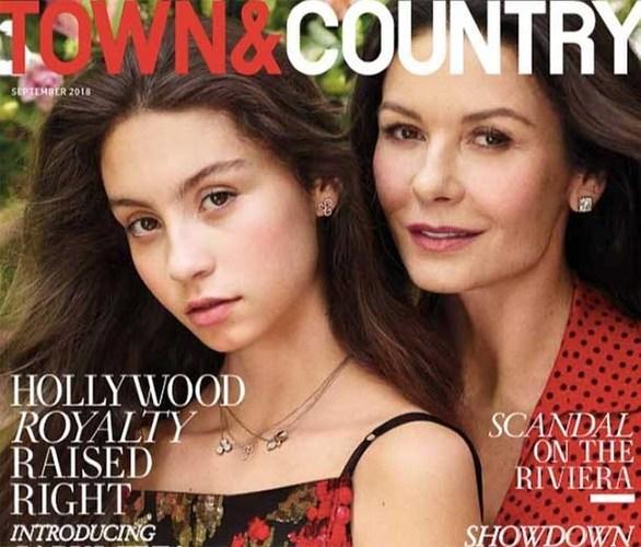 Catherine Zeta Jones: Ποζάρει με την κόρη της για εξώφυλλο περιοδικού! (φωτο)