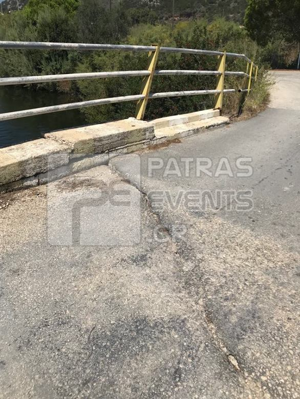 Το γεφυράκι που οδηγεί στην παραλία της Καλόγριας είναι έτοιμο να πέσει! (pics)