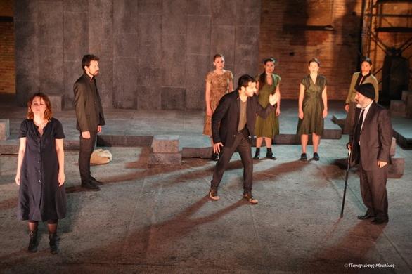 """Μάγεψε το κοινό της Πάτρας η """"Ηλέκτρα"""" του Ευριπίδη (pics)"""