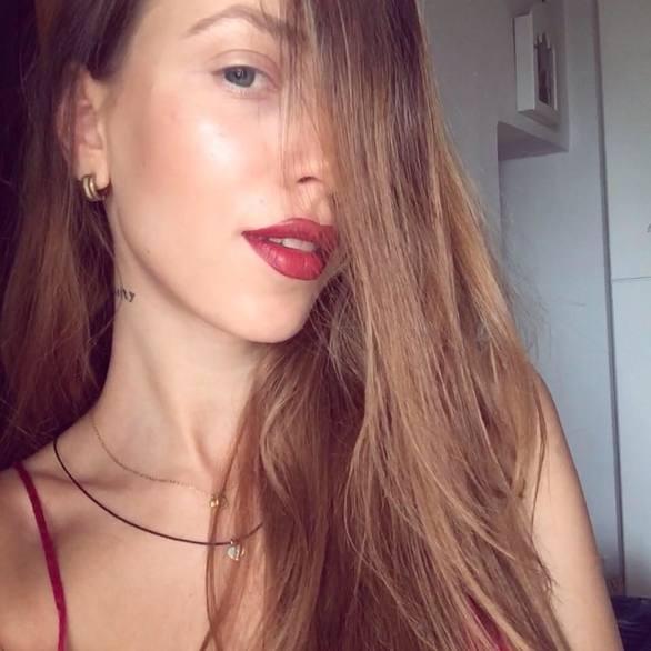 Γαρυφαλιά Καλιφώνη - Σπουδάζει και δουλεύει Πάτρα ενώ διεκδικεί τον τίτλο του Greece Next Top Model! (φωτο)