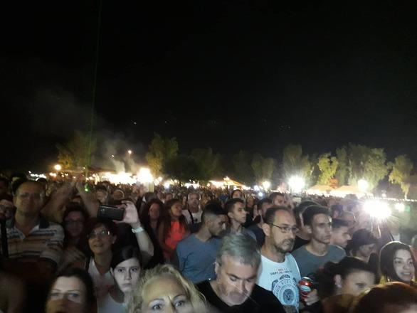 Ξεσήκωσε τους Πατρινούς ο Βασίλης Παπακωνσταντίνου (pics+video)