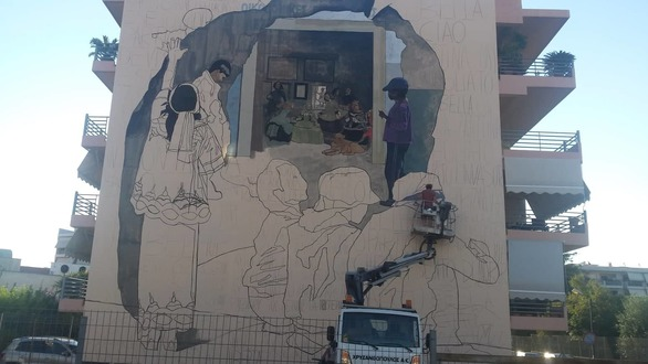 Πάτρα - Συνεχίζουν να γεμίζουν με χρώματα τους τοίχους (pics)