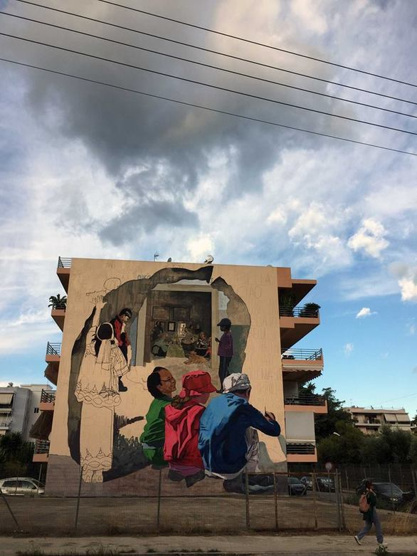 Ένα γκράφιτι που είναι αδύνατον να μην προσέξεις, δημιουργήθηκε στην Πάτρα (φωτο)