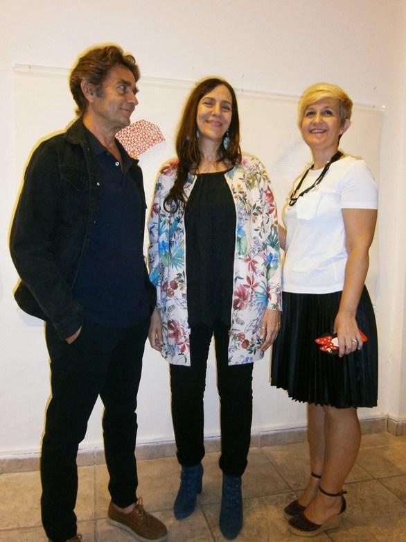 """Πάτρα: Με επιτυχία τα εγκαίνια της έκθεσης της Ισμήνης Μπονάτσου """"Art is an Ark"""" (φωτο)"""