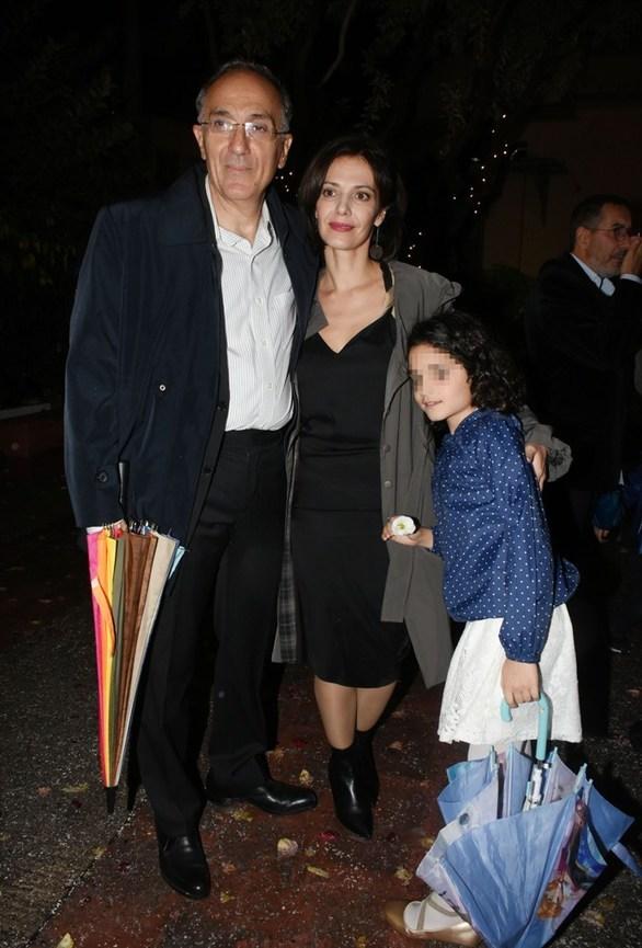 Μαριλίτα Λαμπροπούλου: Σπάνια δημόσια έξοδος με τον σύζυγό της και την κόρη τους (pics)