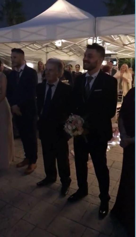 Στο Μεσολόγγι Μακρυπούλια - Χατζηγιάννης για το γάμο του αδελφού της ηθοποιού (φωτο+video)