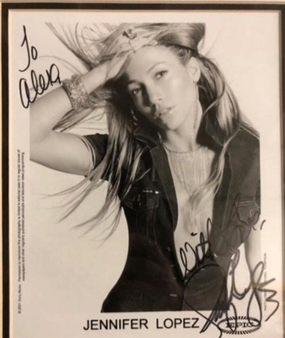 Alex Rodriguez: Το αυτόγραφο που του είχε υπογράψει η Jennifer Lopez 20 χρόνια πριν!