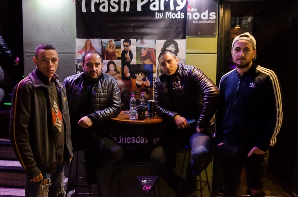 Trash party - Βραδιές βγαλμένες από το ένδοξο παρελθόν! (φωτο)