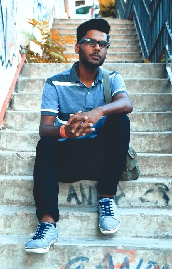 """Karan Prasher - O 20χρονος που ζει στην Πάτρα και φτιάχνει """"ιστορίες"""" στο youtube (pics+video)"""